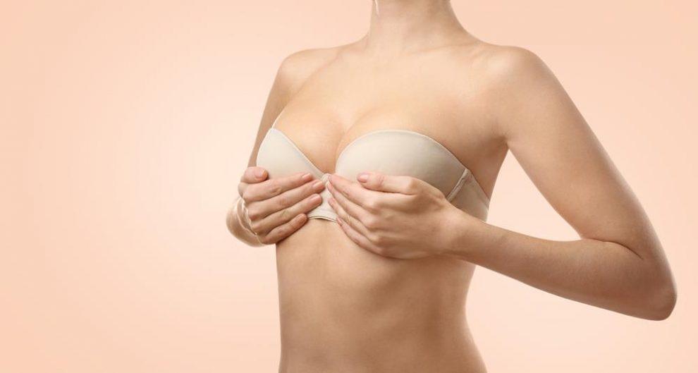 rash under breasts