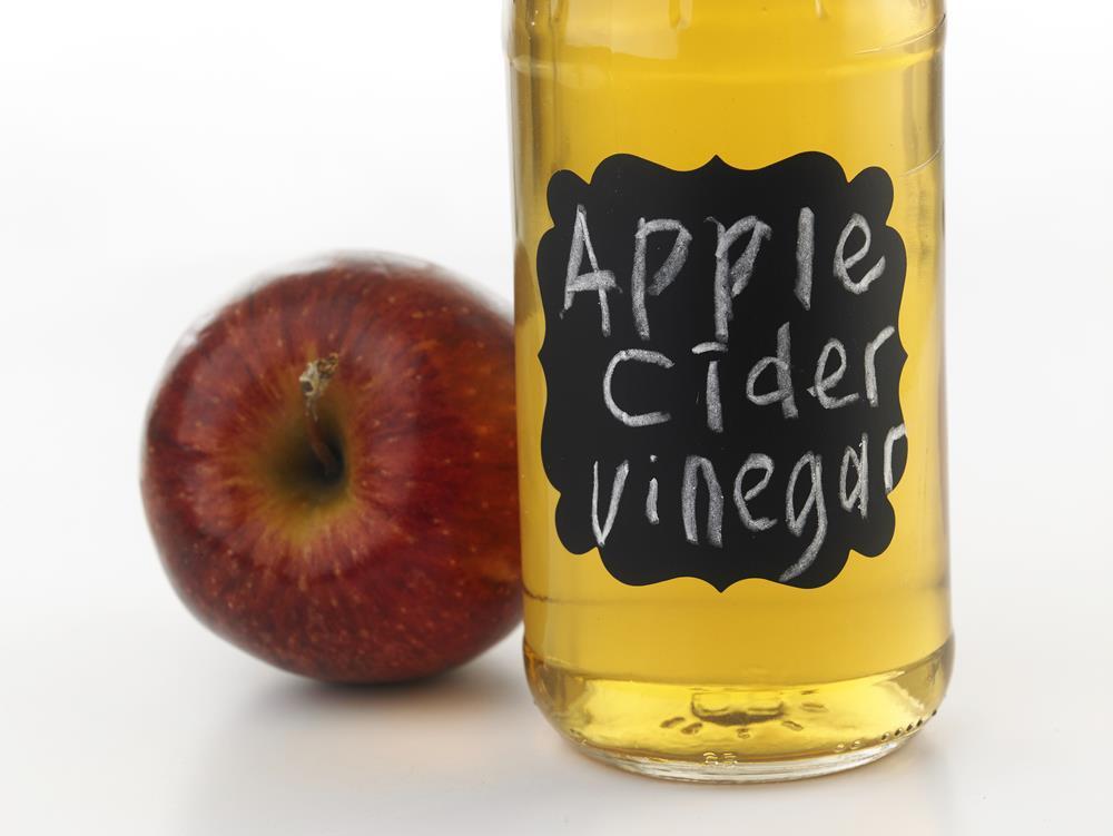 Apple cider vinegar for razor burns