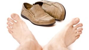 how to get rid of smell in shoes