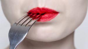 metallic taste in mouth
