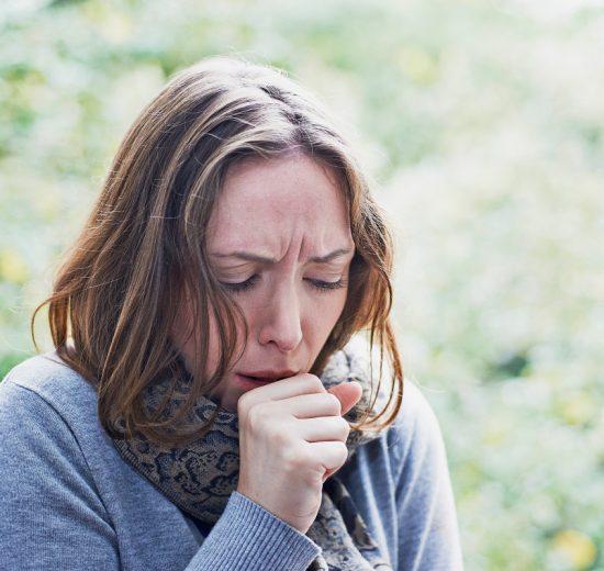 is pneumonia contagious